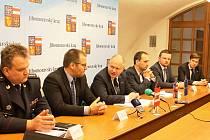 Výjezdní rada Jihomoravského kraje jednala v úterý ve Vyškově také o plynovodu u Milonic.