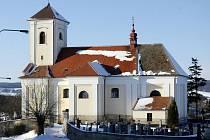 Kostel sv. Václava v Rousínovci. Ilustrační fotografie.
