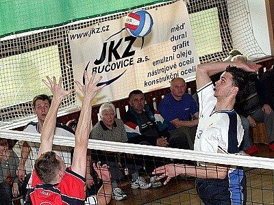 Bučovičtí volejbalisté po  posledním podzimním zápase přezimují na druhém místě tabulky.