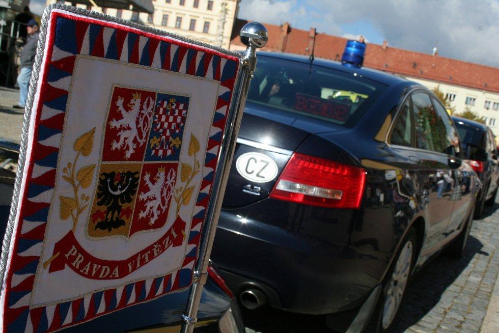 Prezident republiky Miloš Zeman potěšil na vyškovském Masarykově náměstí stovky svých příznivců.