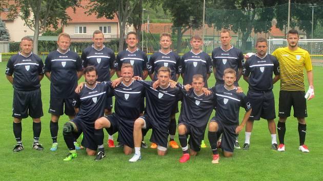Snímky z pohárového turnaje ve Vážanech nad Litavou. SK Slavkov u Brna.