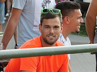 Doléčující se kanonýr fotbalového Tatranu Rousínov Josef Lička.