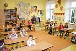Žáci první třídy Základní školy Velešovice