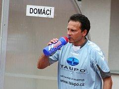 Valdemar Horváth je bývalým prvoligovým fotbalistou. Dnes se živí jako učitel na základní škole a trenér fotbalu.