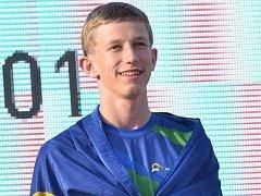 Eliáši Urbanovi učarovala atletika v šesti letech. Za tu dobu má doma množství medailí. Sportu se chce věnovat i profesionálně, ale nezanedbává ani studium.