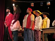 Vyškovský Besední dům zažil premiéru Čapkovy hry Tlustý pradědeček v podání herců Divadla Haná.