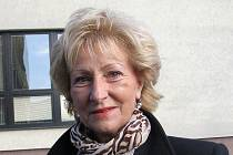 Jindřiška Bartáková, 61 let, důchodkyně, Vyškov. Nikdy jsem nechodila po restauracích, spíše navštěvuji kavárny a cukrárny a tam chodím pořád stejně často. Myslím, že krize v tomhle nikoho neovlivní. Kdo chodil, bude chodit i dál.