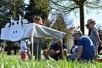 Co vše se děje za krásenskými humny se dozvěděli návštěvníci sobotního Dne Země na Rychtě.
