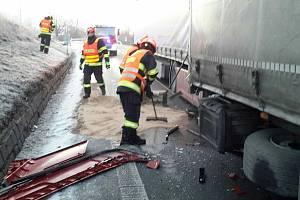 Nehoda kamionu na celý den uzavřela dálnici na Vyškovsku. Ilustrační foto.