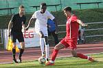 Ve 3. kole jarní částí Moravskoslezské ligy porazili fotbalisté MFK Vyškov (bílé dresy) doma FK Hodonín 2:1.