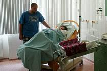 Vyškovská porodnice se snaží vyjít vstříc nastávajícím rodičům a ruší poplatek za přítomnost otce u porodu