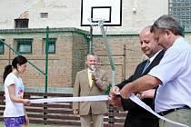 Slavnostní otevření multifunkčního hřiště v Ivanovicích na Hané.