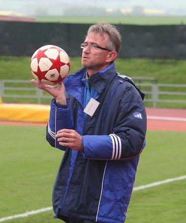 Trenér divizních fotbalistů MFK Vyškov Miloslav Machálek.