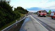 Havárie mladé řidičky zablokovala provoz na D1.