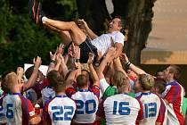Ve finále mistrovství Evropy v ragby hráčů do dvaceti let ve Vyškově porazila Česká republika Švýcarsko 25:21.