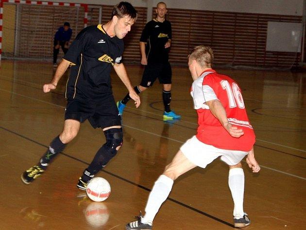 V jihomoravské divizi futsalistů prohrál Lazor-Domus Vyškov na domácí palubovce s Arsenalem Kuřim 4:5.