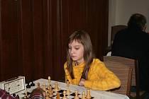 Jedna z velkých nadějí vyškovského šachu Kristýna Šperková je krajskou přebornicí a prosazuje se  i v republikových soutěžích své věkové kategorie.