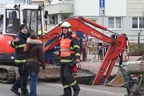 Kvůli úniku plynu na Smetanově nábřeží ve Vyškově museli hasiči evakuovat zhruba 250 lidí.