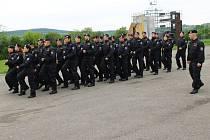 Prostory Vojenské akademie ve Vyškově na čtyři týdny obsadilo 210 nováčků od policie.