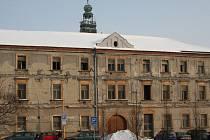 Budova ČSA 1, kam se mají úředníci stěhovat