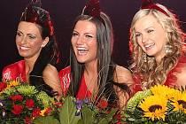 Letošní ročník Miss Academia vyhrála dvacetiletá Pavlína Kadlecová z Podivic (uprostřed).