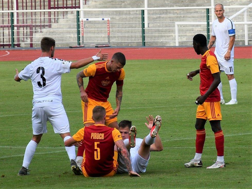 Snímky z premiéry MFK Vyškov ve druhé lize s Duklou Praha na Julisce.