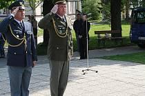 Starosta Vyškova Jiří Piňos si v pátek odpoledne s dalšími představiteli města a pamětníky připomněl 66. výročí osvobození Vyškova a konce druhé světové války.