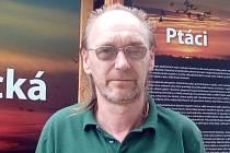 Papouščí zoo v Bošovicích založil Vlastimil Škrhák.