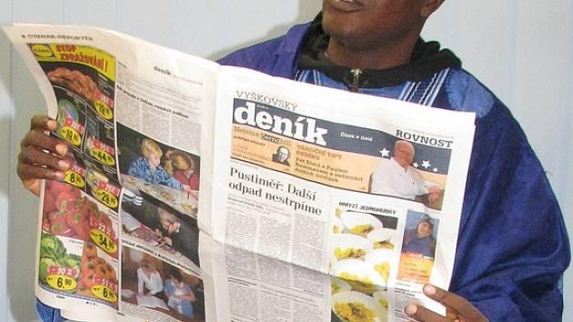 Starosta města Lagos v Nigérii si osobně přišel pro Vyškovský Deník.