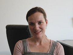 Kateřina Vašíčková je členkou a uměleckou ředitelkou vokálního souboru Za5.