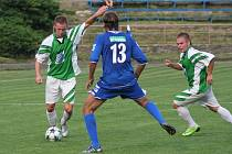 Boskovičtí fotbalisté remizovali v předehrávce 15. kola s Rousínovem 2:2. Po vyloučení Janíčka ztratili dvougólové vedení, hosté si zajistili bod trefou ve třetí minutě nastavení.