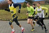Přímá konfrontace dvou mužských běžeckých špiček Vyškovska v Petrovicích u Sloupu vyzněla lépe pro zástupce AK Drnovice Tomáše Steinera (číslo 133). Na čtvrtém místě byl o dva stupínky výš než Jiří Němeček z AHA Vyškov.