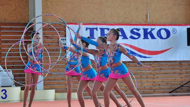 VÝBORNÝ START. Na novou sezonu jsou moderní gymnastky SK Trasko připraveny dobře. V domácím prostředí nepustily v devátém ročníku Trasko Cupu na nejvyšší stupínek žádnou ze soupeřek.