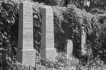 Nostalgická atmosféra židovského hřbitova ve vyškovské čtvrti Marchanice