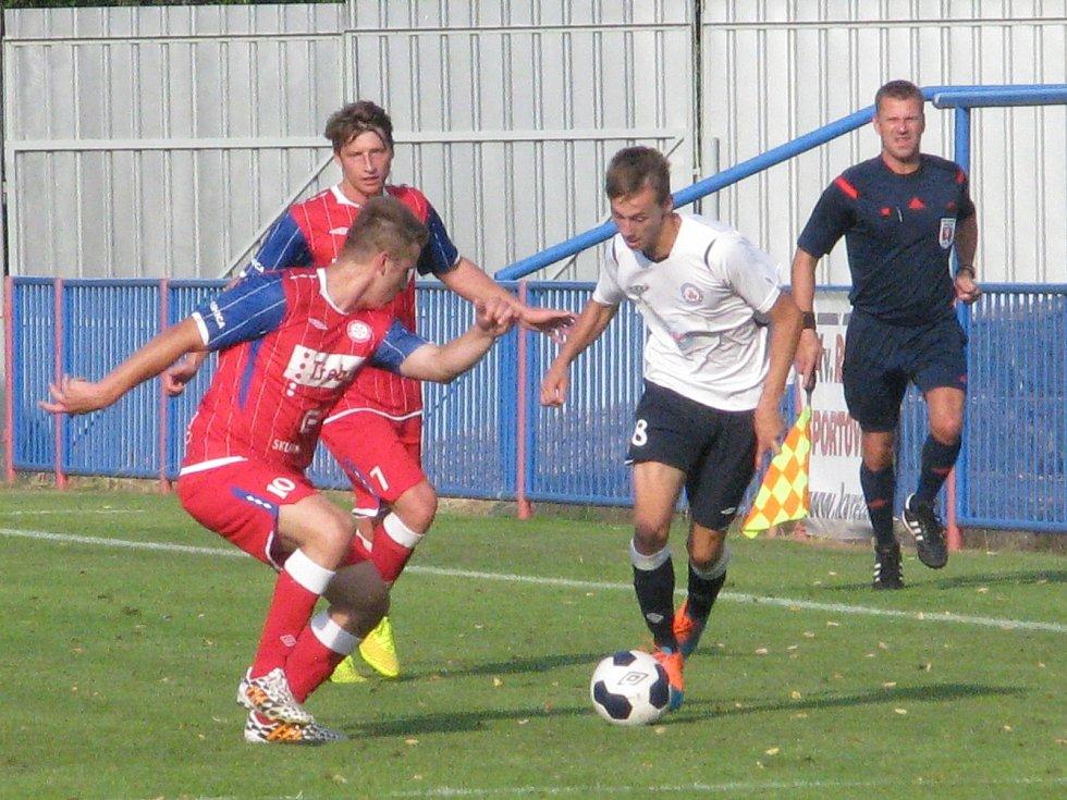Ve 2. kole Moravskoslezské ligy vyhráli fotbalisté MFK Vyškov v Třebíči s HFK 2:0.