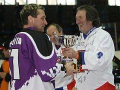Hvězdná hokejová exhibice ve Vyškově.