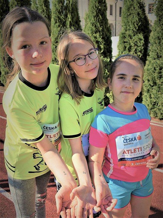 """Celostátní akce """"Atleti spolu"""" proběhla i v areálu Orla Vyškov."""