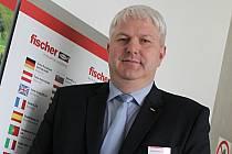Patnáct měsíců vede ivanovický závod německého koncernu fischer jednatel Daniel Sabel.