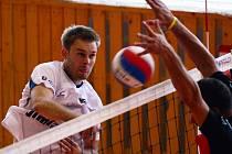 Ve II. lize volejbalistů se ukaly sokolské týmy Palkovic a Bučovic. Zápasy skončily 3:2 a 0:3.