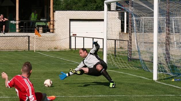 Fotbalisté Šaratic uspěli v okresním derby s Dražovicemi.
