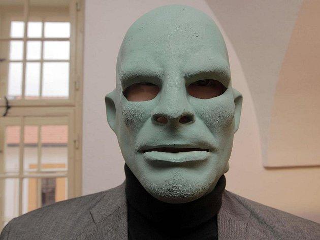 Výstava originálních kostýmů a rekvizit z populárního pohádkového televizního seriálu Arabela.