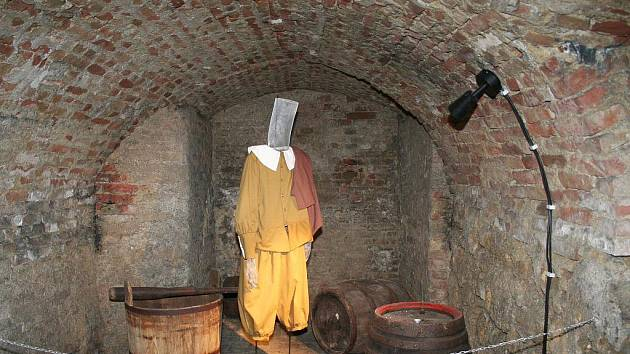 Podzemí slavkovského zámku.
