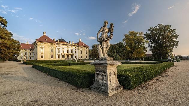 Zámecký park ve Slavkově.