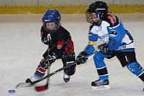 V dalším turnaji druhých tříd jihomoravského hokejového svazu ve Vyškově se žáci domácího MBK utkali s Technikou Brno.