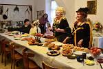 O sto let zpátky v čase se přesunuli návštěvníci zámečku ve Vážanech nad Litavou. Dostali možnost užít si dobovou snídani.