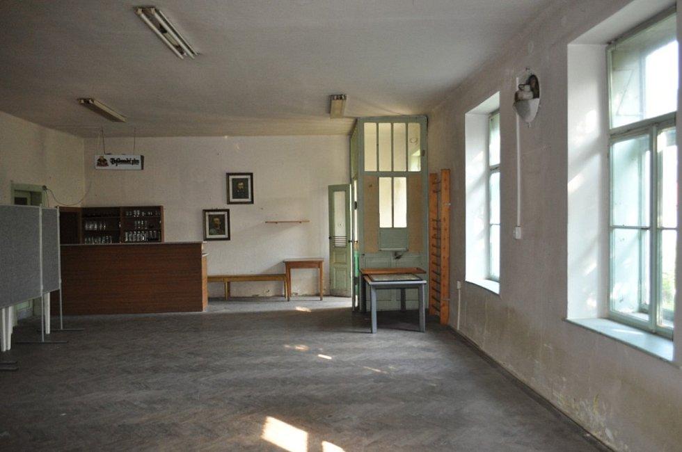 Pohled na hlavní sál.