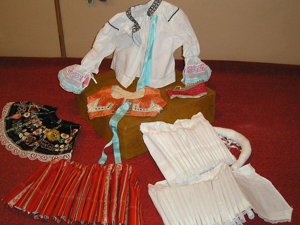 Kobeřice u Brna reprezentují Českou republiku jakožto folklórní velmoc v Evropě na výstavě  na Ukrajině. Výstava krojů