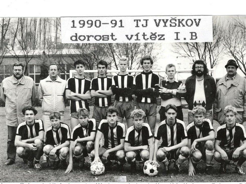 1990 - 1991, dorost - vítěz okresního přeboru.