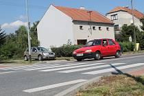 Obyvatelé vyškovské Brněnské ulice se bojí přecházet. Jediný přechod, který mají, je podle nich nebezpečný. Sepsali petici.