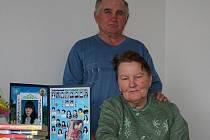 Devětapadesátiletá Tamara a šestašedesátiletý Michail Germanovi se přes svůj důchodový věk rozhodli přesídlit do Česka. Opustili hospodářství a teď žijí na vyškovském sídlišti.